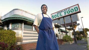 050212-national-black-businesses-cash-mobbing-soul-food-resteraunt