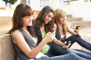 students_texting_-_monkey_business_images